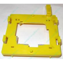 Жёлтый держатель-фиксатор HP 279681-001 для крепления CPU socket 604 к радиатору (Нефтеюганск)